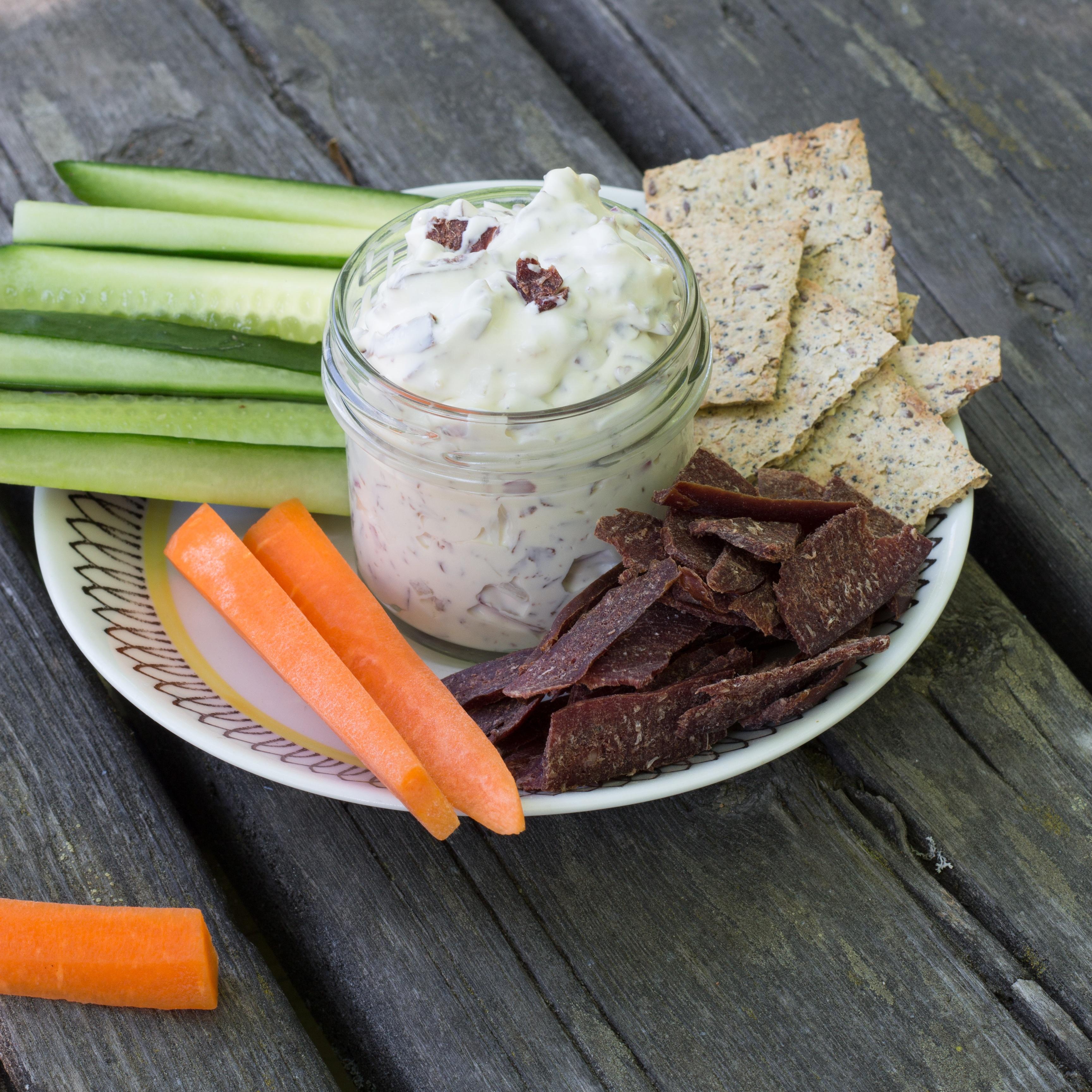 Dippa grönsaksstavar i Wild Chips Röra